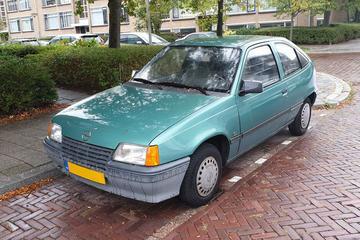In het Wild: Opel Kadett (1987)