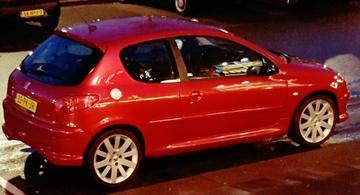Peugeot 206 GTI 2.0-16V (2004)