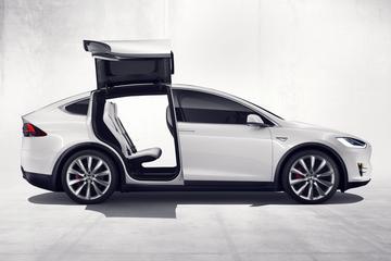 Tesla roept Model X terug
