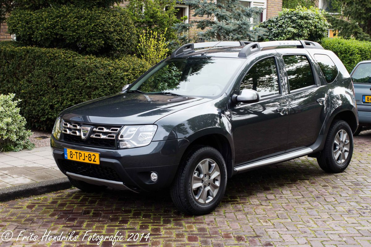 dacia duster tce 125 4x2 prestige 2014. Black Bedroom Furniture Sets. Home Design Ideas
