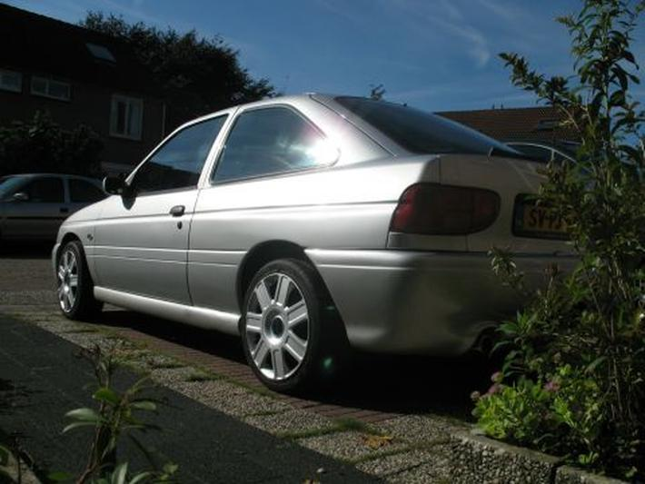 Ford Escort 1.6i Business Edition Cool (1998)