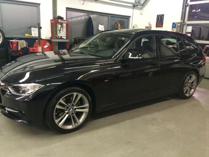 BMW 320d EffiecientDynamics Edition Touring High Execu (2014) #2