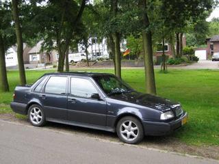 Volvo 460 2.0i Luxury-Line (1995)
