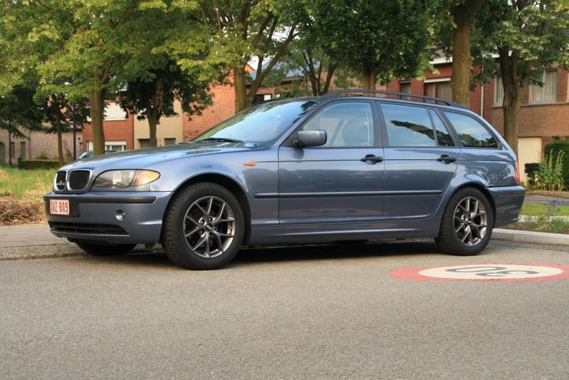 BMW 318d touring Essence (2004)