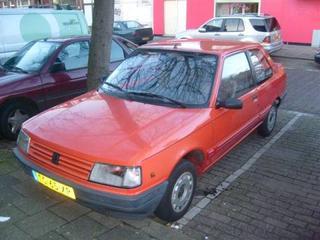 Peugeot 309 XE 1.3 (1988)