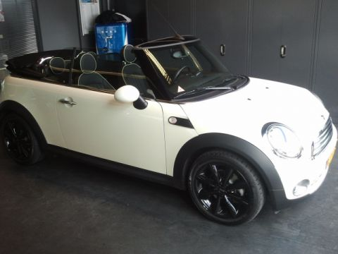 Hedendaags Mini Cabrio Cooper Chili (2010) review - AutoWeek.nl RM-54