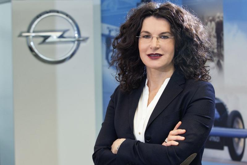Tina Müller zwaait af als marketingchef Opel
