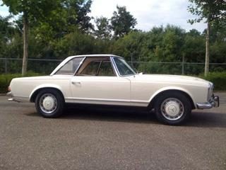 Mercedes-Benz 280SL (1969)