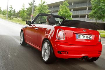 Mini Cabrio Cooper S John Cooper Works Chili (2010)
