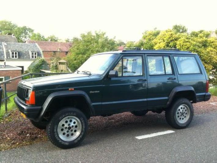 Jeep Cherokee (1994)