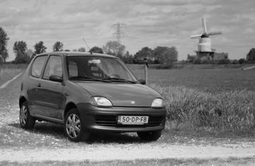 Fiat Seicento 1100 i.e. Young (1999)