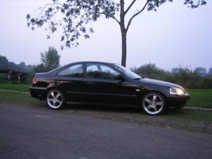 Honda Civic Coupé 1.6i LS (1999)