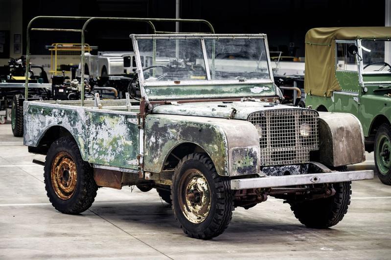 Land Rover start bijzonder restauratieproject