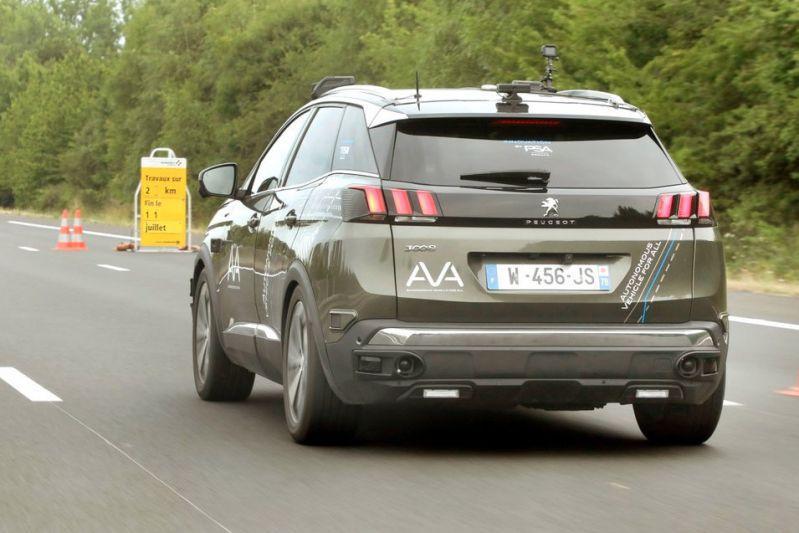 Peugeot 3008 AVA autonoom Franse snelweg Autoroute