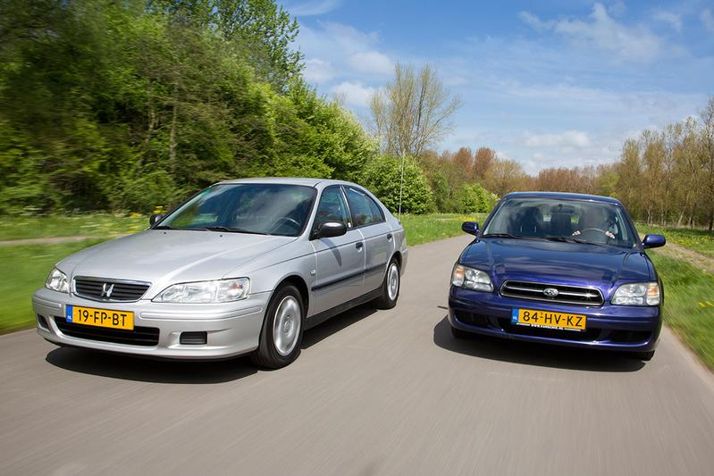 Occasion dubbeltest Honda Accord vs Subaru Legacy