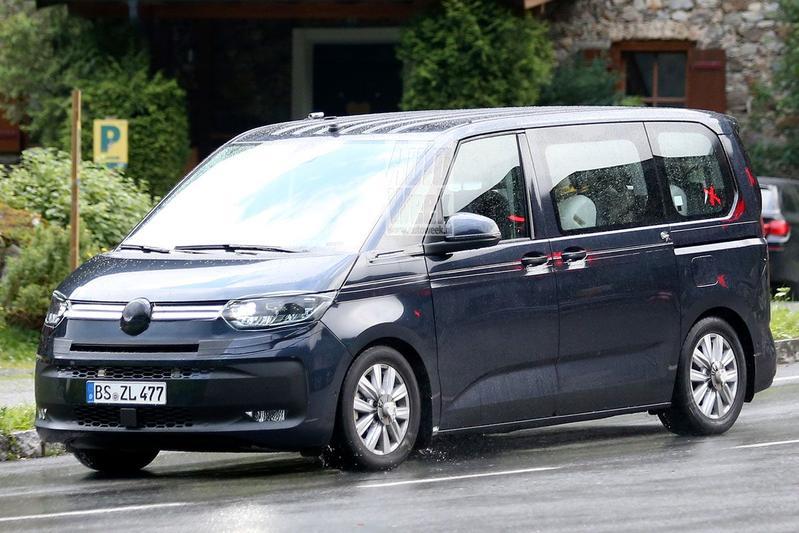 Volkswagen Transporter spyshots