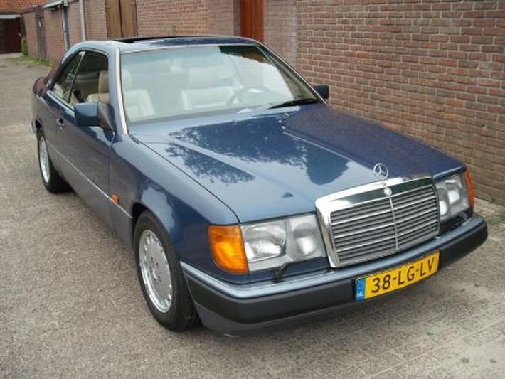 Mercedes-Benz 300 CE-24 (1990)