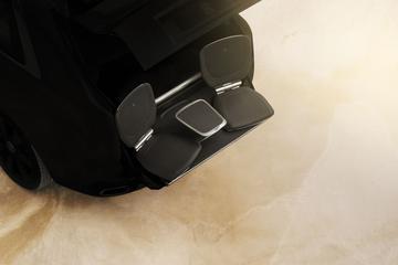 Rolls-Royce Cullinan: stoeltjes in achterklep