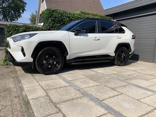 RAV4 2.5 Hybrid 2WD Bi-Tone (2019)