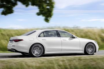 Nieuwe benzine-instapper voor Mercedes-Benz S-klasse