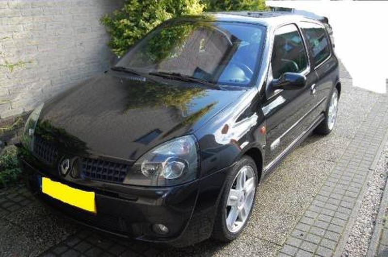 Renault Clio Sport 2.0 16V (2001)