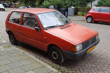In het Wild: Fiat Uno 45