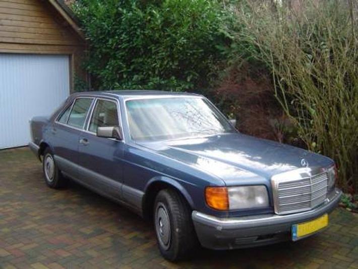 Mercedes-Benz 260 SE (1987)