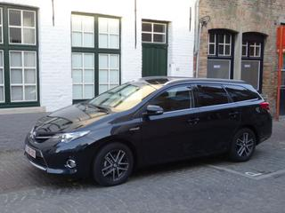Toyota Auris Touring Sports 1.8 Hybrid Dynamic (2015)