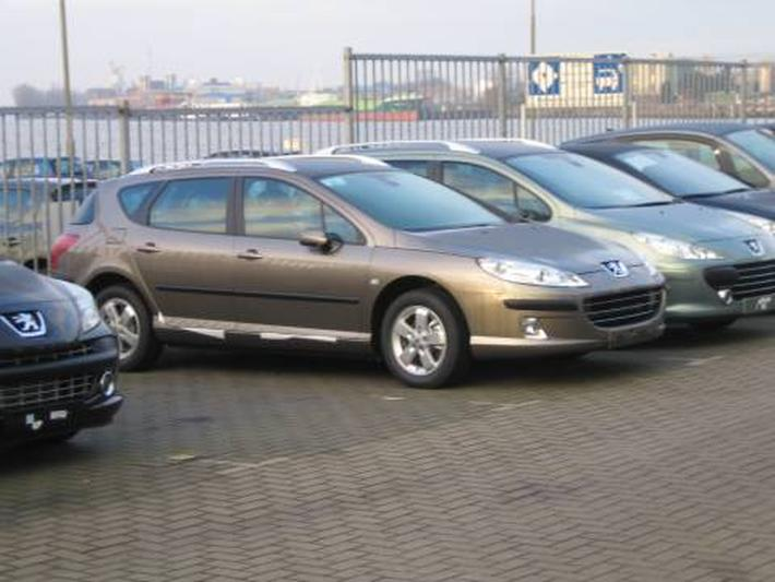 Peugeot 407 SW Premium 1.6 HDiF 16V (2007)