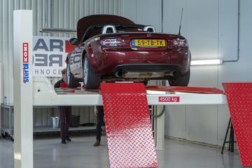 Mazda MX-5 1.8 - 2006 – 402.115 km - Klokje Rond