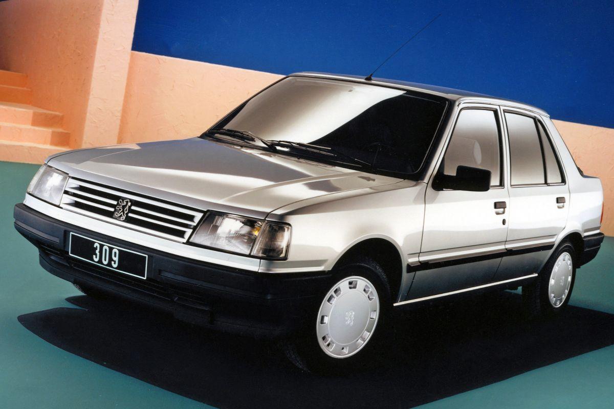Facelift Friday Peugeot 309