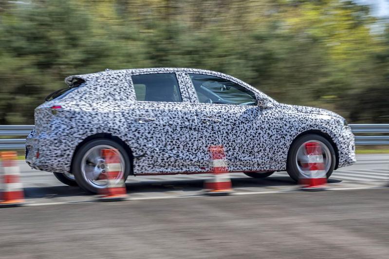 Opel Corsa camouflage