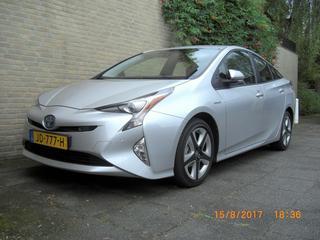 Toyota Prius 1.8 Hybrid Executive (2016)