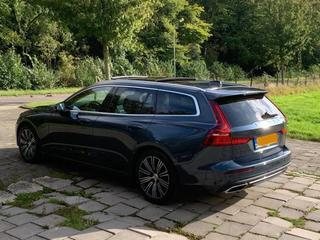 Volvo V60 T8 Twin Engine AWD Inscription (2019)