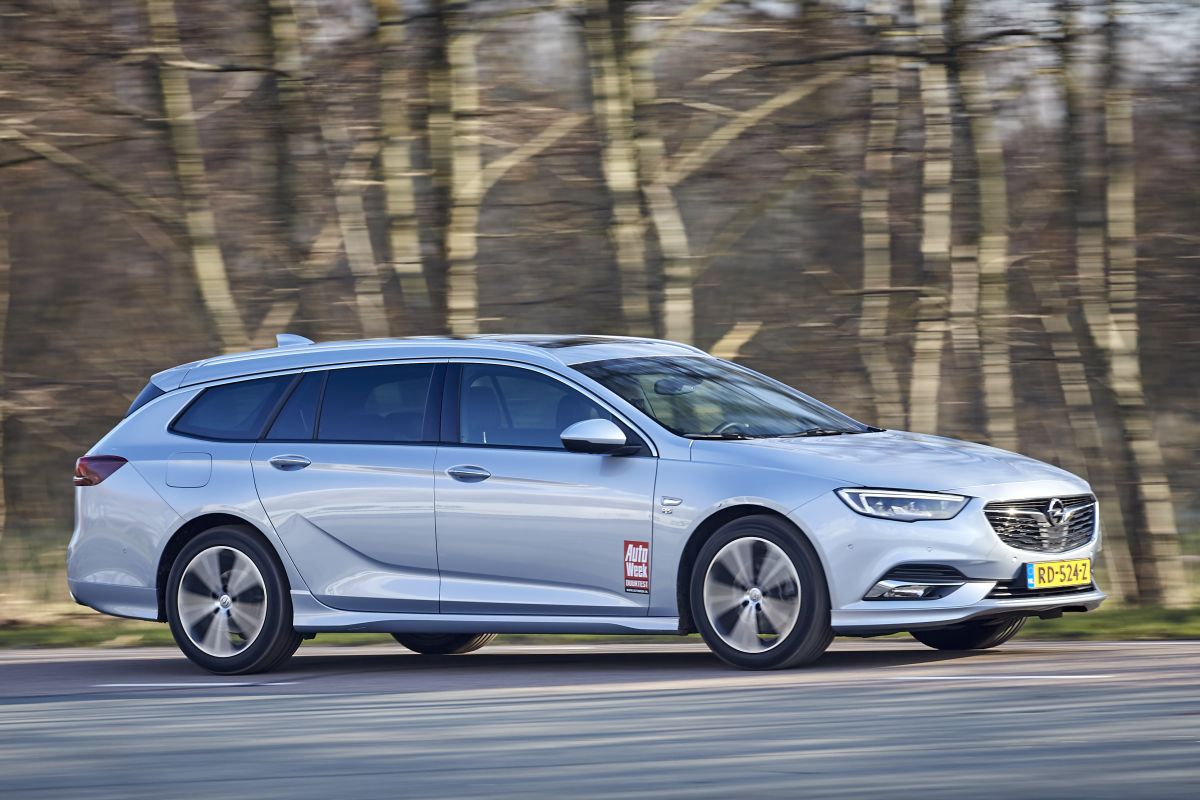 opel insignia sports tourer 1 5 turbo b 2018 autotest. Black Bedroom Furniture Sets. Home Design Ideas