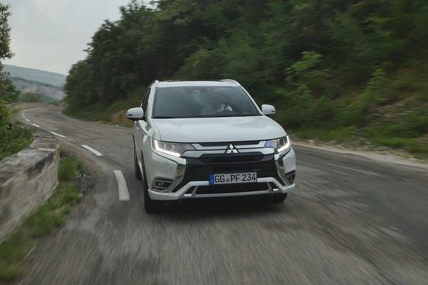 Video: Mitsubishi Outlander PHEV - Rij-impressie