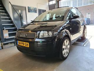 Audi A2 1.6 FSI (2004)
