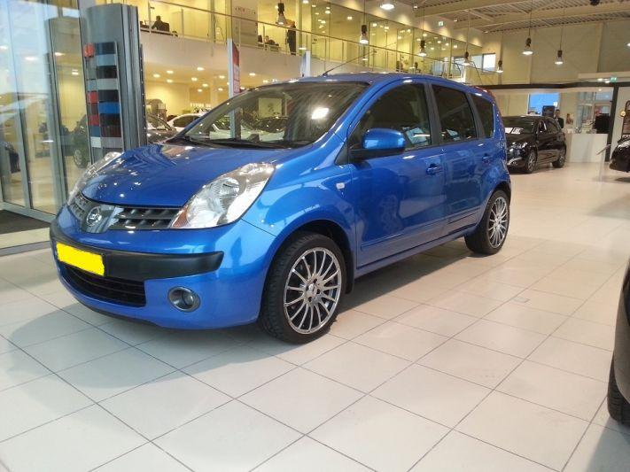 Nissan Note 1.6 first NOTE (2006)