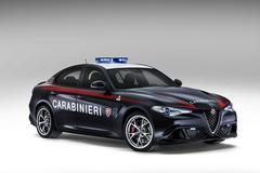 Alfa Romeo Giulia Quadrifoglio aan de bak