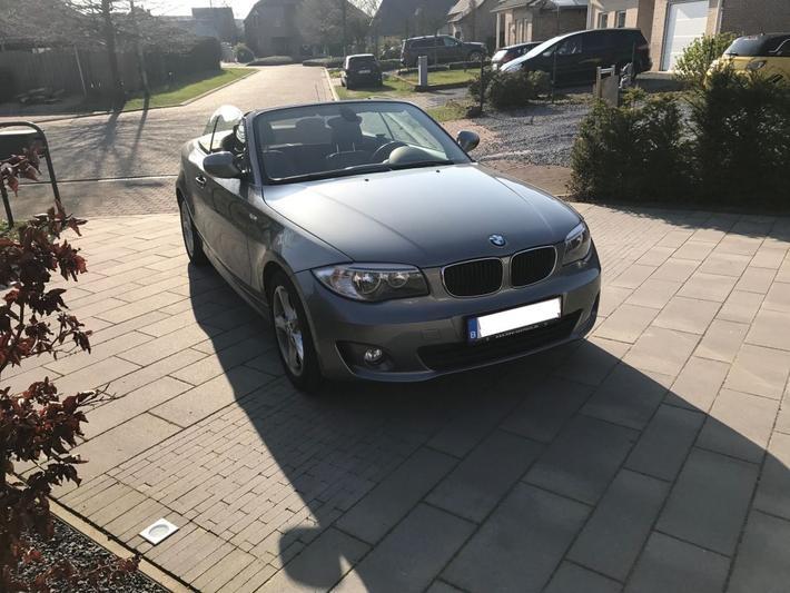 BMW 118i Cabrio (2012)