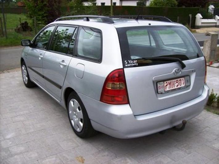 Toyota Corolla Wagon 2.0 D4-D 90 Linea Terra Comfort (2004)