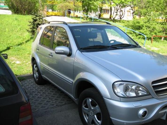 Mercedes-Benz ML 400 CDI (2003)