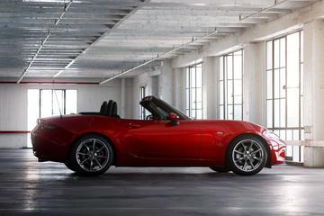 Mazda 6 en MX-5 bijgeschaafd