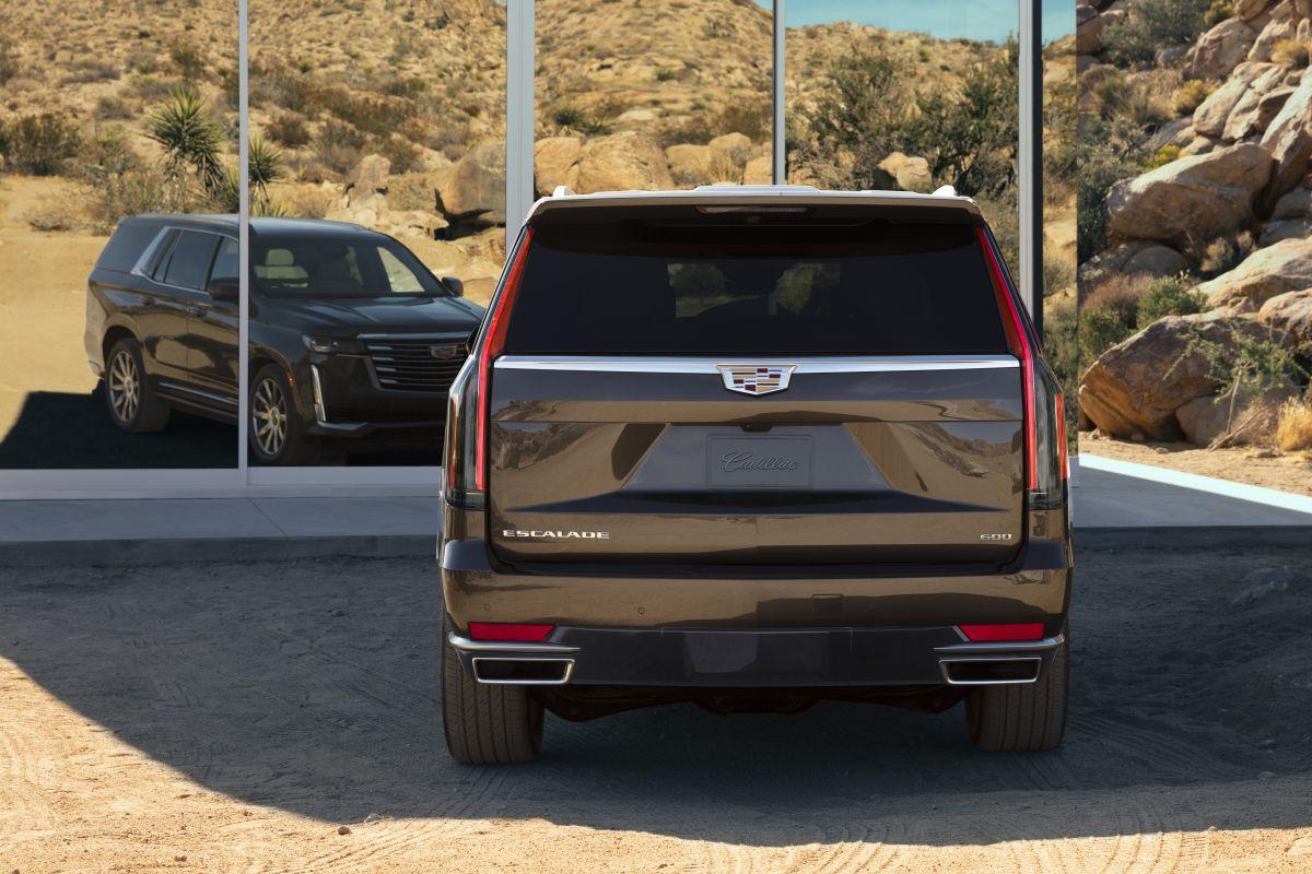 Cadillac Escalade (2020) 7