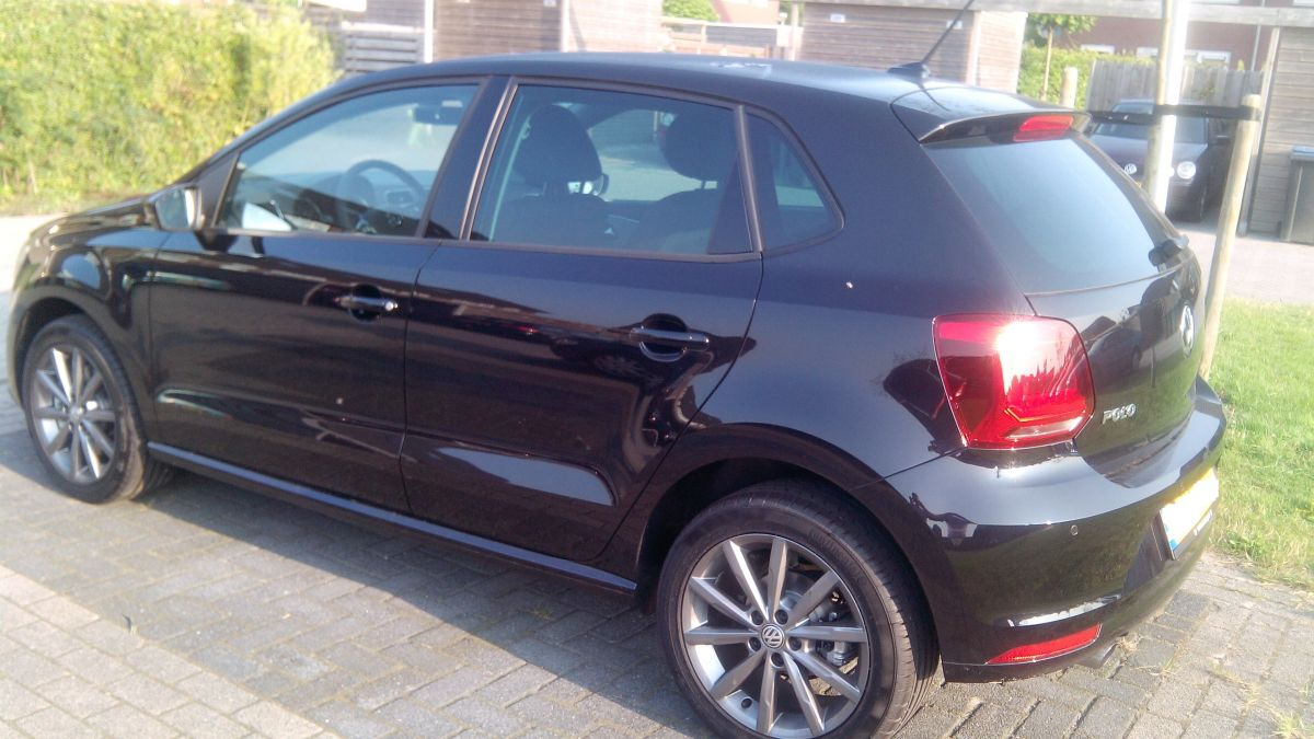 volkswagen polo 1 2 tsi 110pk first edition 2014. Black Bedroom Furniture Sets. Home Design Ideas