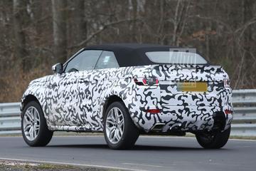 Range Rover Evoque Cabrio rondt de Ring