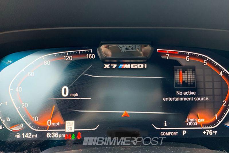 BMW X7 M60i