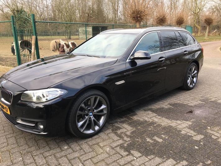 BMW 528i Touring High Executive (2014)