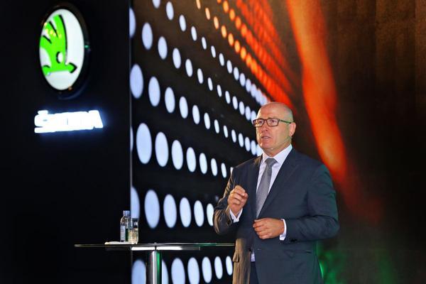 Volkswagen Group steekt 1 miljard euro in India