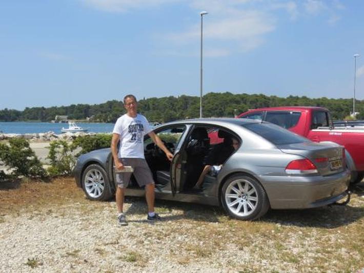 BMW 735i (2002)